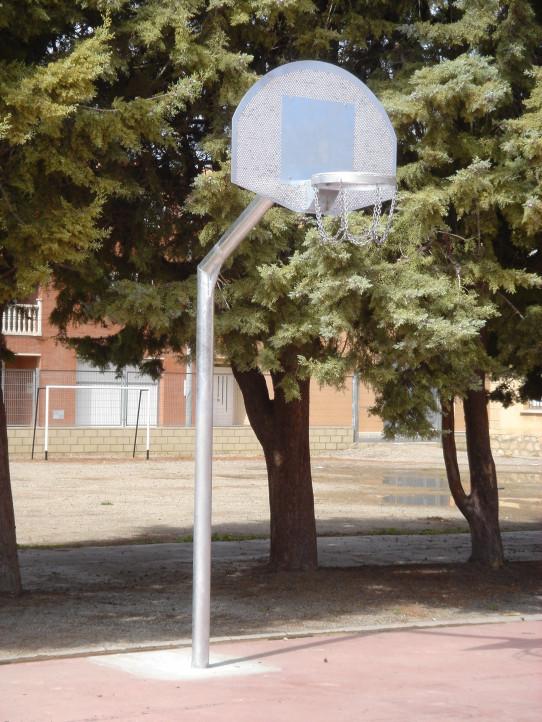 Anti-vandal basket