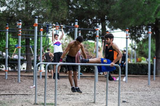 Paral·leles triples Street Workout Cal·listènia
